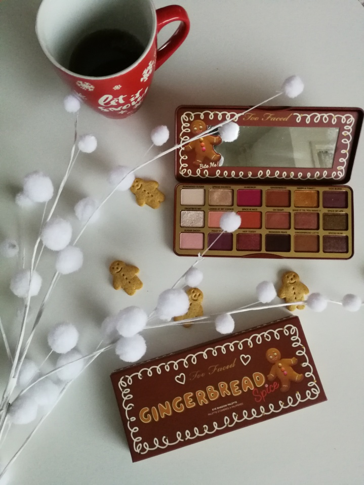 Review: Too Faced Gingerbread Spice eyeshadow palette